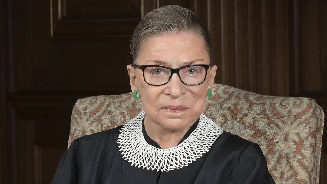▲鲁思·拜德·金斯伯格(Ruth Bader Ginsburg,1933 年 3 月 15 日 - 2020 年 9 月 18 日),曾任美国最高法院大法官。