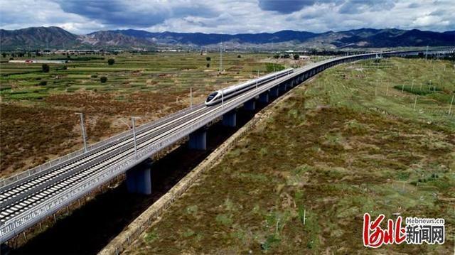 河北张家口:崇礼铁路赵川镇特大桥品质提升率先完工