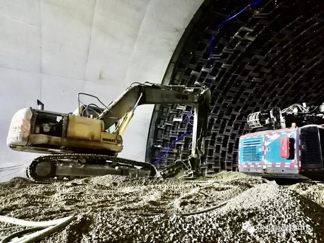 乐业隧道塌方14天后:9名被困人员仍未救出,救援再遇风险图片