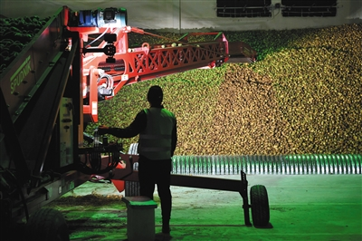 """薯条,黄酒……北京房山区扶贫的""""法宝们"""""""