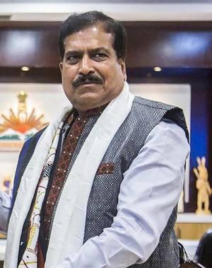 印度出现首位因新冠死亡的部长,莫迪哀悼图片