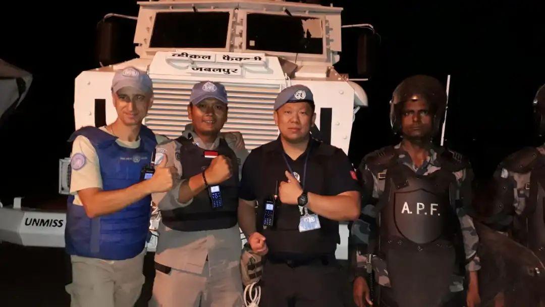 ▲张凯作为第七支赴南苏丹维和警队的一员,在南苏丹实行义务跨越两年。受访者供图