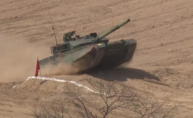 巴基斯坦终于拿到这款中国坦克 印度坦克压力大了图片