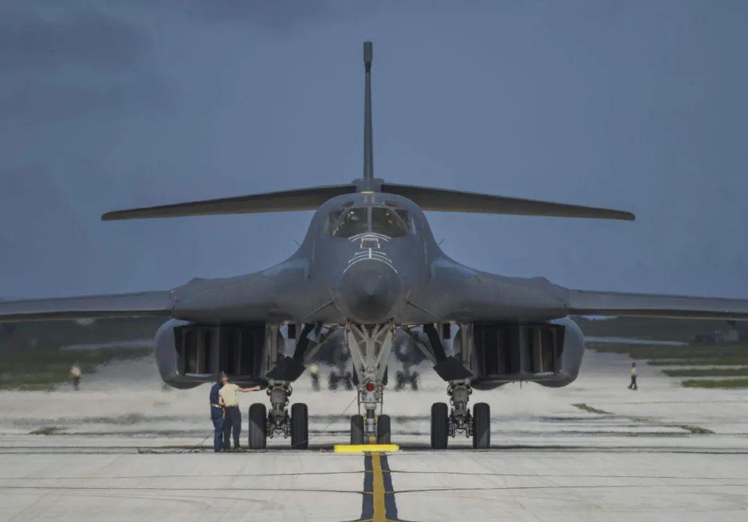 资料图:B1B计谋轰炸机
