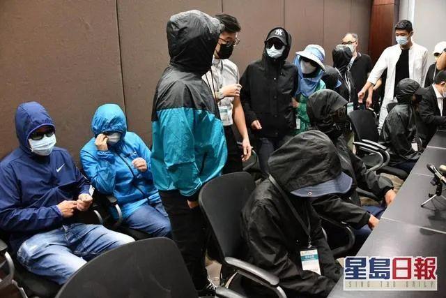 香港政界和法律界人士:偷渡者理应在内地受审图片