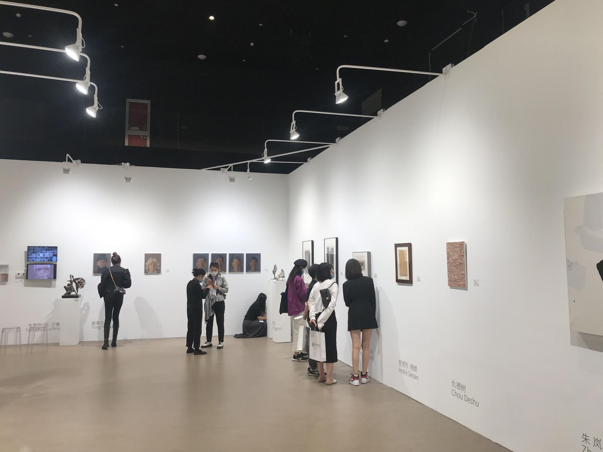 """""""明天的艺博会""""线上线下同步开展,60余家艺术机构集体亮相图片"""