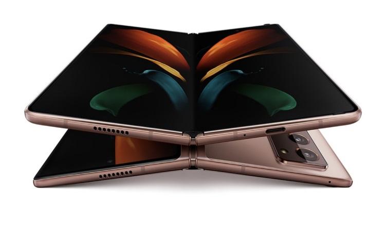 折叠屏2.0时代 三星Galaxy Z Fold2 5G国行版16999元还能打吗?