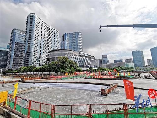 深圳宝安滨海廊桥主体工程地下室顶板浇筑完成
