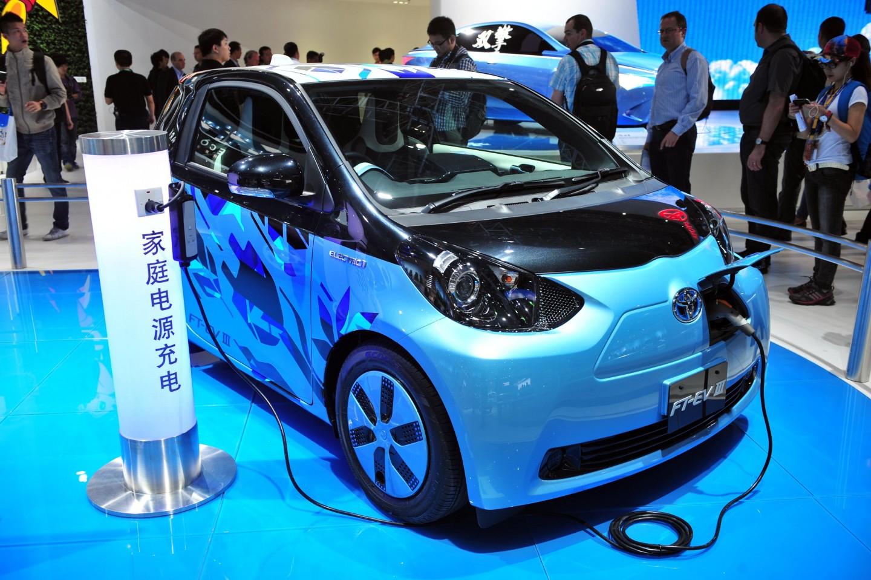 不主张禁售燃油车,国内新能源汽车或呈多元化