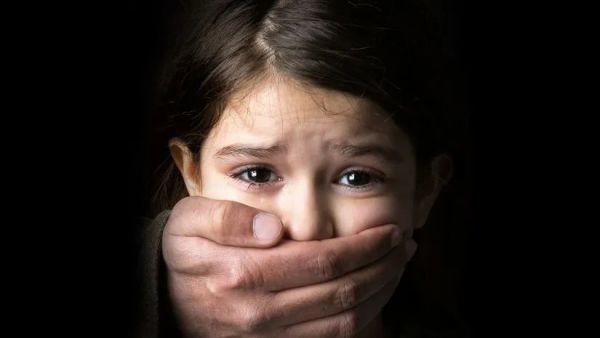 乱伦性侵 11 岁幼女后,澳恋童癖继父的这句话震怒网友