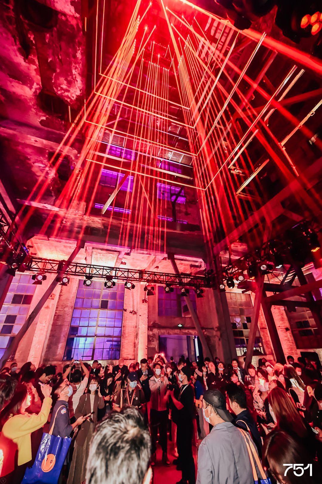 魔幻751六号锅炉房首次亮相!2020北京国际设计周751国际设计节开幕