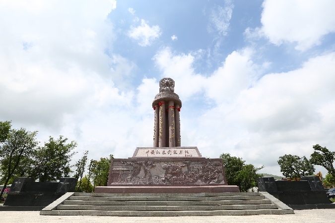 沂蒙红色影视基地举办首届红色文化旅游节