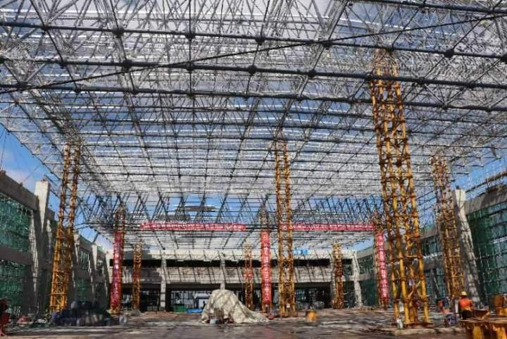 双鸭山西站站房封顶!牡佳高铁施工取得重大进展