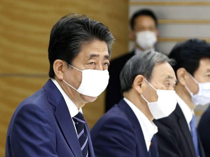 """日本教授拟起诉政府 要求公开""""安倍口罩""""数量及单价"""