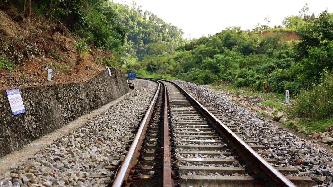 发现最美铁路丨夫妻,小站,25年图片