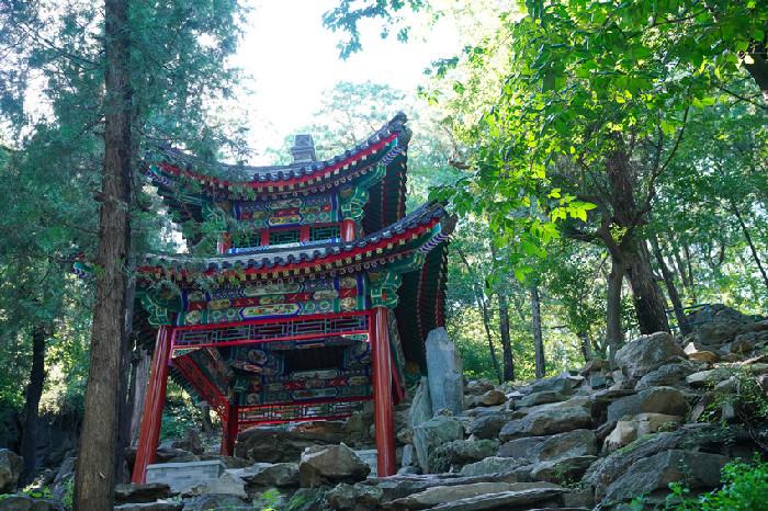 四处新亭景观国庆节前亮相香山公园南麓景区