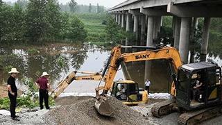 他把生命定格在防汛大堤!追记倒在武汉抗洪一线的舒明智图片