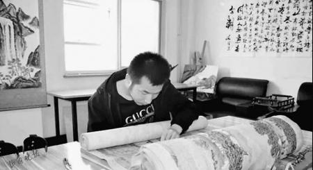 残疾小伙儿6年绣出22米长《清明上河图》