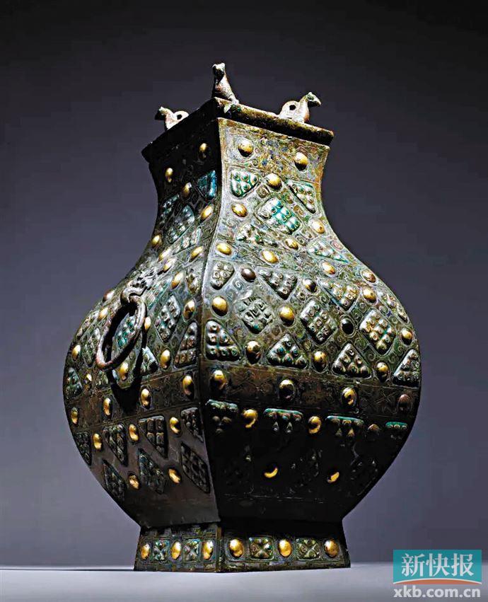 珍罕青铜琉璃方壶领衔纽约苏富比