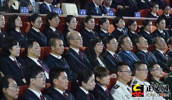 领高检最分和部导大国人全全表、代委政协国观一路员。决赛看钟丁 程心宇摄。