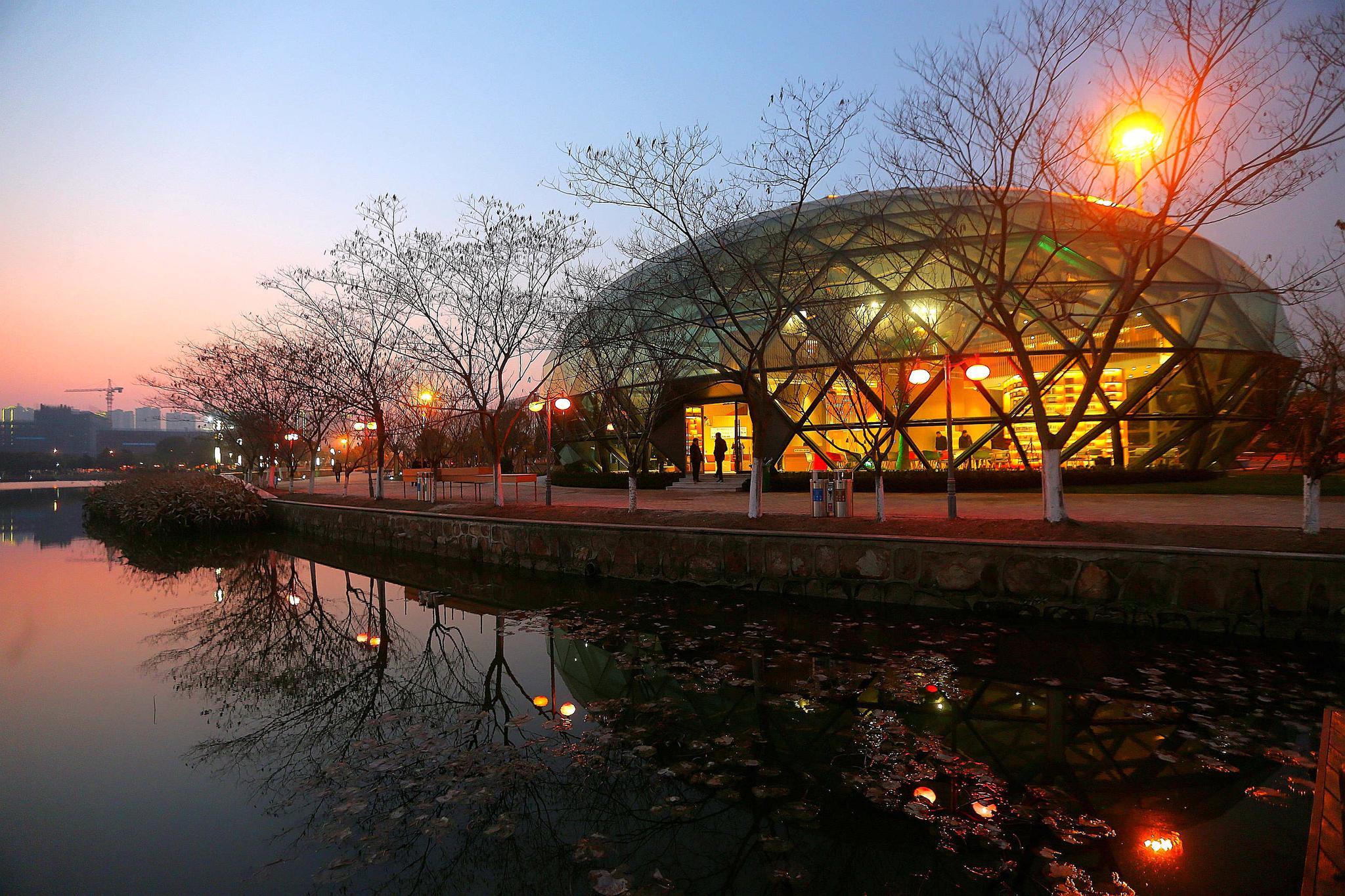 """离开长江剑鱼的美味 靖江与上海的关系不止于此 他们想为上海打造""""江苏综合成本最低的地区"""""""