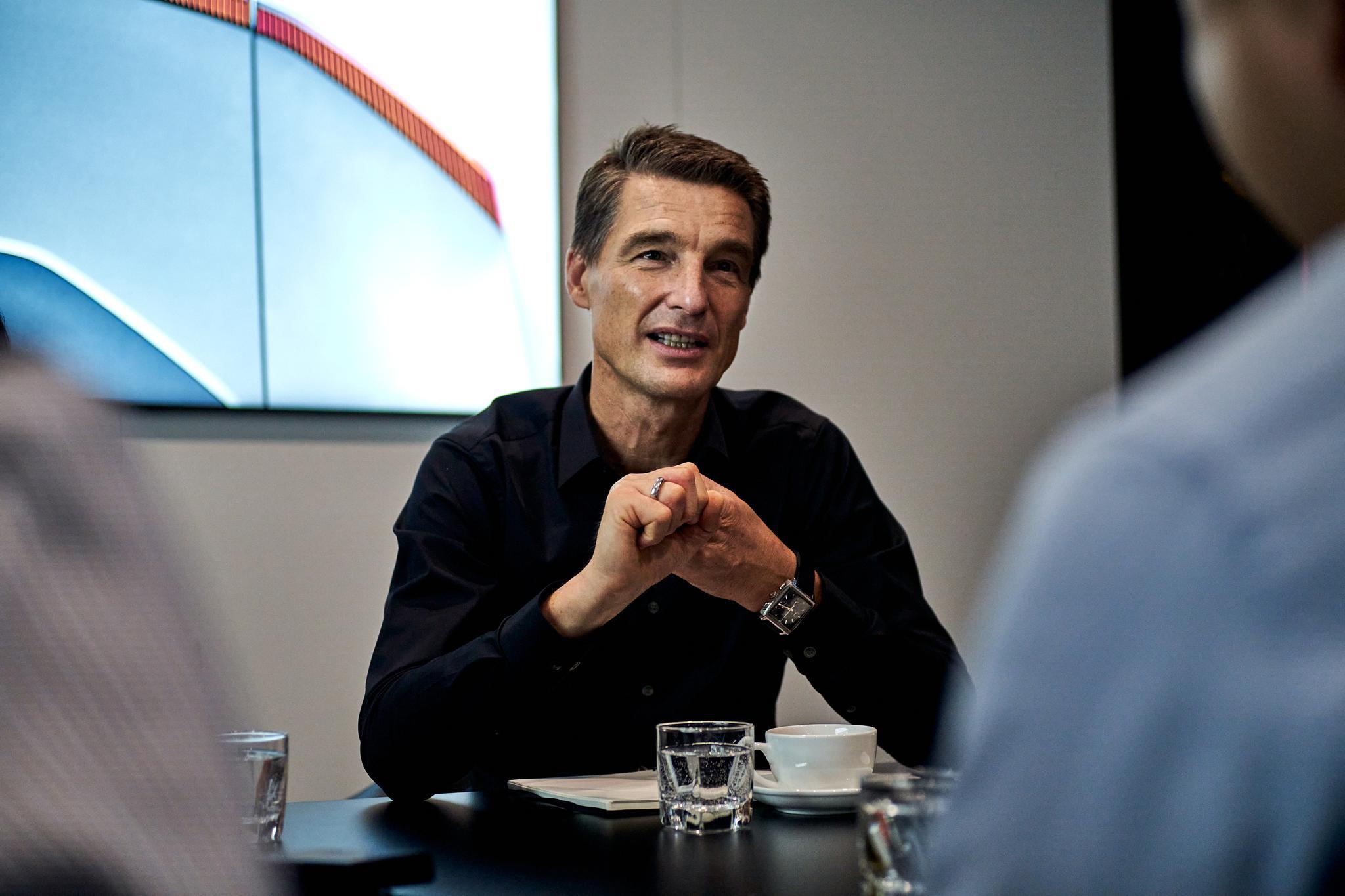 对话⑨|极星全球CEO托马斯:企图一夜赶超特斯拉的想法太天真图片