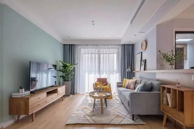 花9万改造98平三居室旧房,北欧风格太漂亮,邻居以为走错门了!