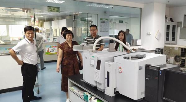 监测中心与华中农业大学资环学院开展合作交流