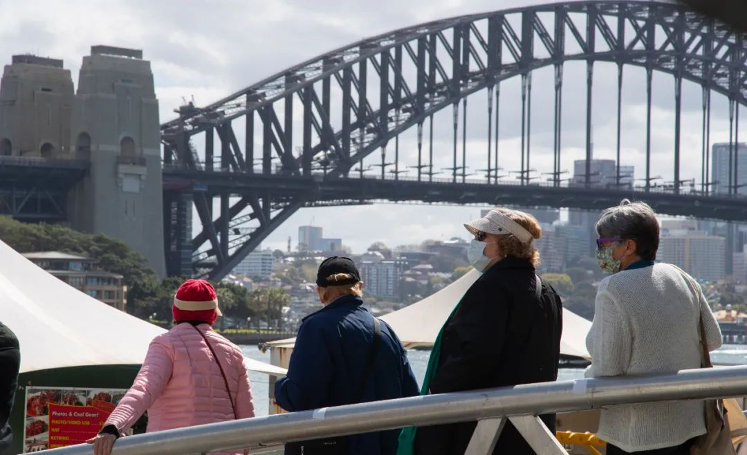 """细节披露!新华社记者在澳大利亚被""""抄家""""图片"""