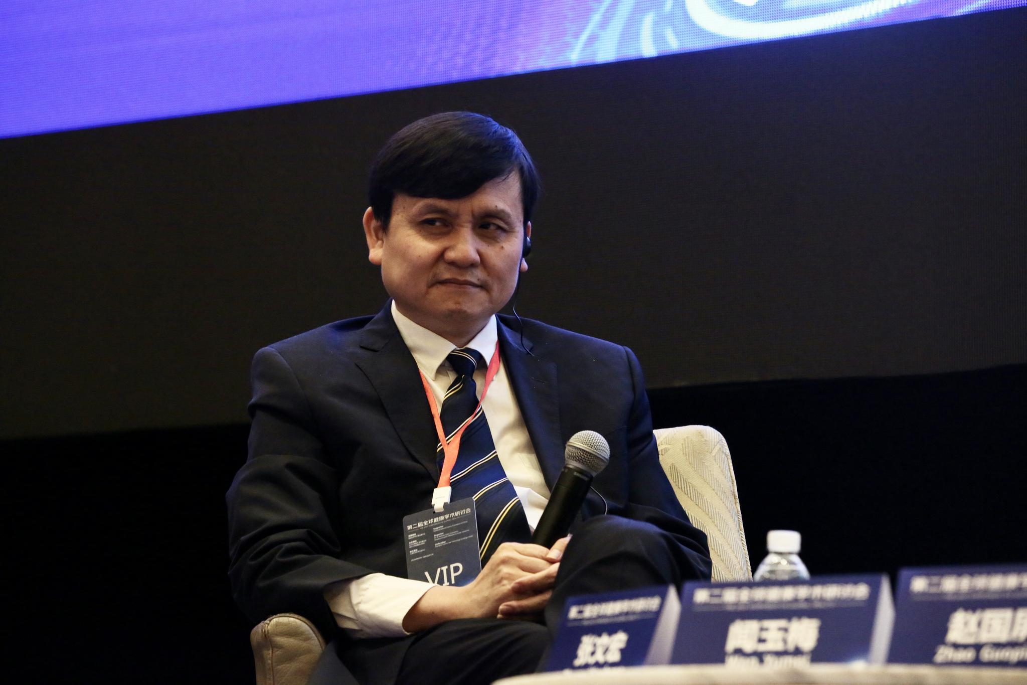 张文宏:全球第二波疫情确实在展开 但不是在中国图片