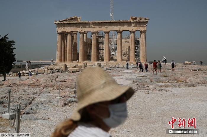 希腊疫情致118所学校关闭 数百所中学继续罢课
