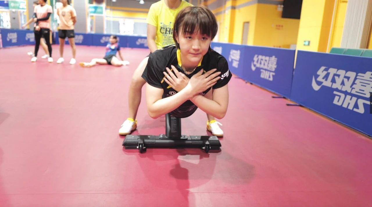 国乒队员全部通过体能测试 备战全国锦标赛图片
