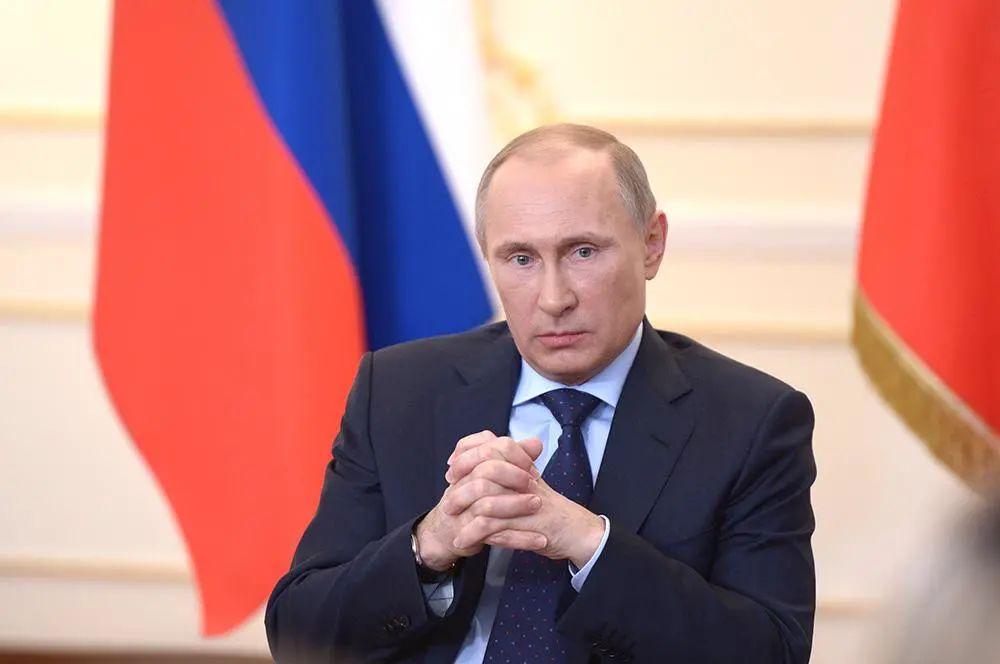 克里姆林宫:普京正考虑接种新冠疫苗