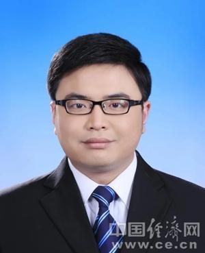 """""""准85后""""李腾当选南平市监委主任"""