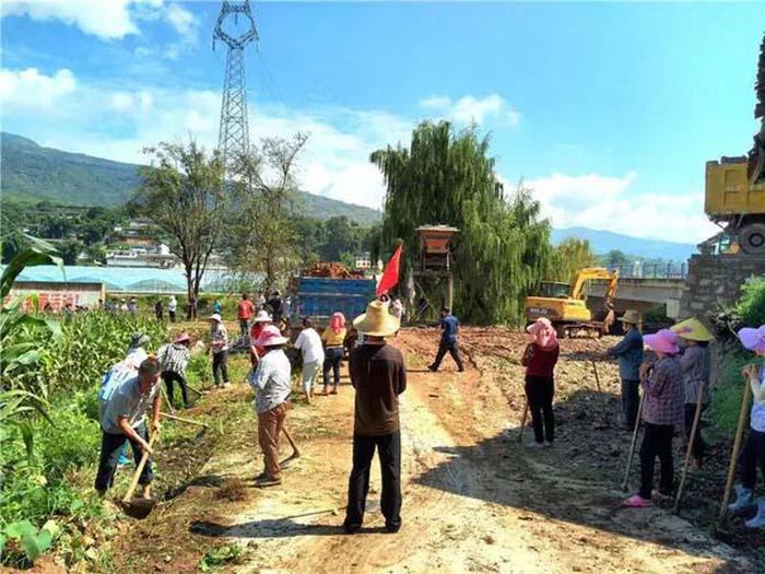 华坪县受灾群众努力开展生产自救 消除损失