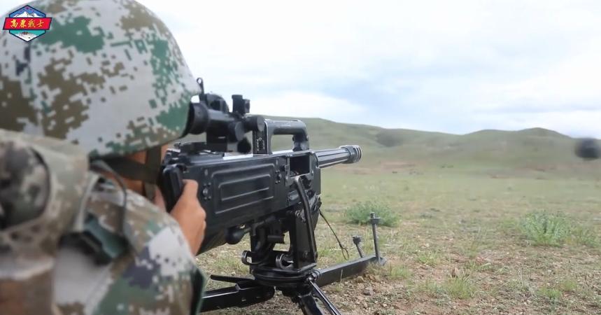 2。 火力掩护下,火力队前出占领射击位置;