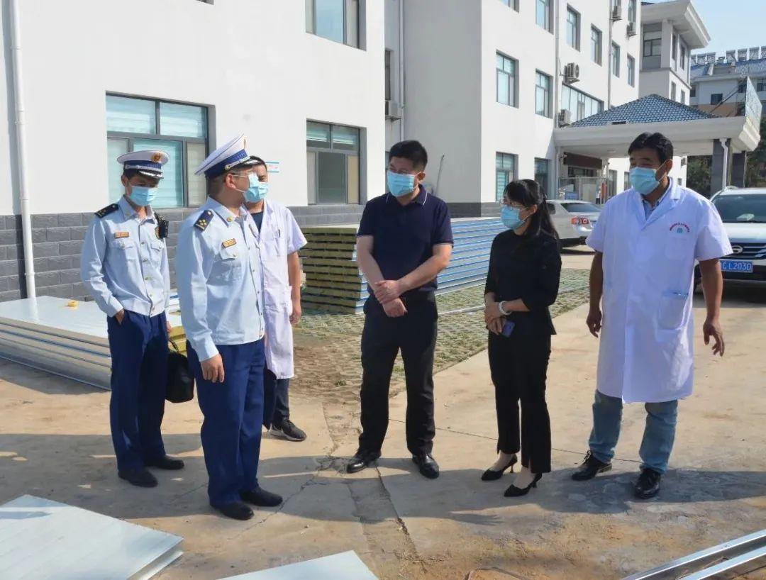 高青县卫生健康局与县消防救援大队开展双节前安全生产联合检查