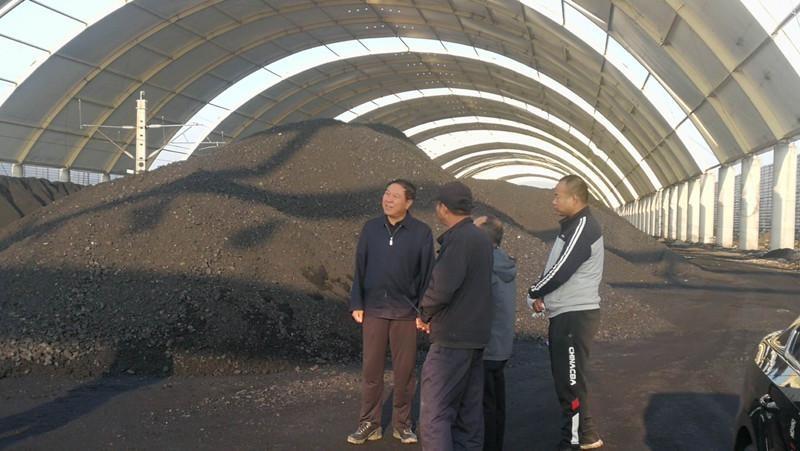 曹爱民 CPPCC深池县委副主席 监督煤炭生产企业完全关闭煤棚建设