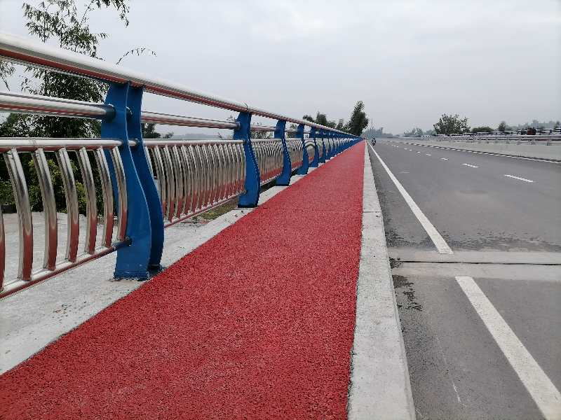 """四川泸州:海潮沱江大桥""""十一""""通车"""