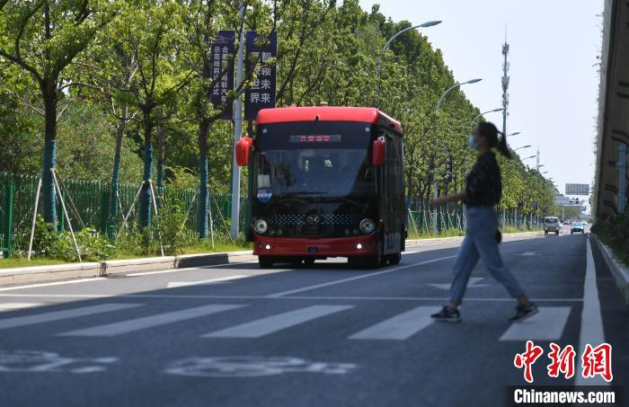 安徽省首条自动驾驶汽车5G示范线开通