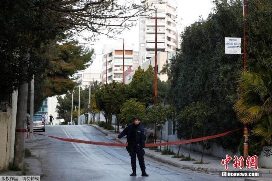 希腊警务人员贪腐问题严重 占公务人员贪腐案43.9%