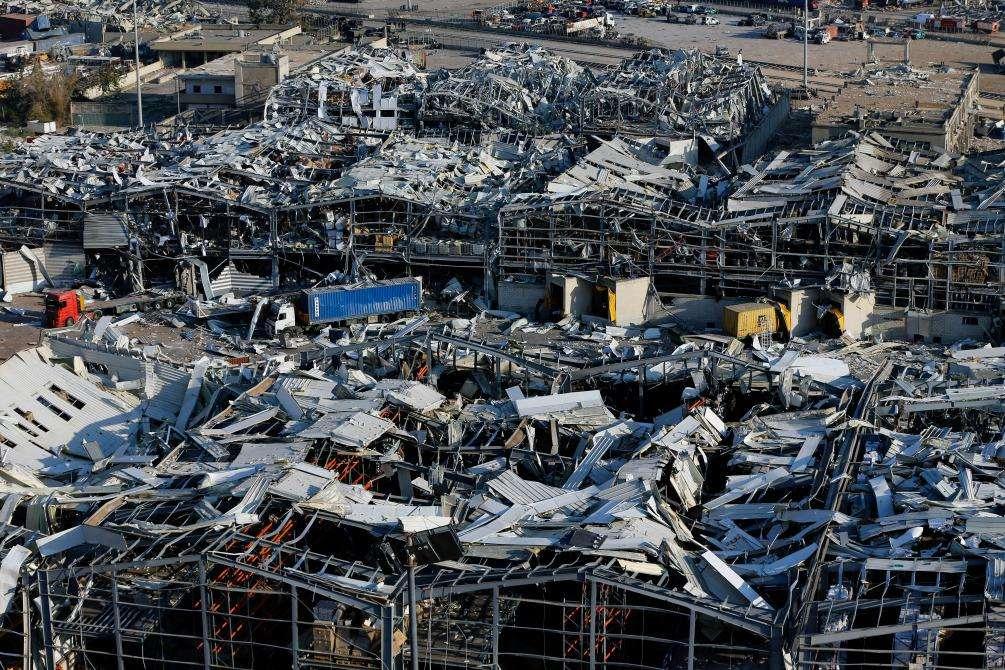 爆炸后的贝鲁特港口。