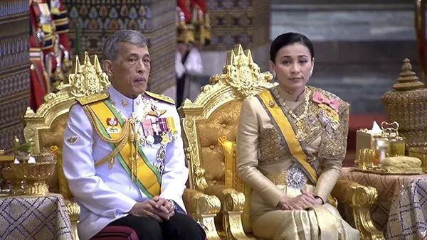泰国国王哇集拉隆功和王后苏提达