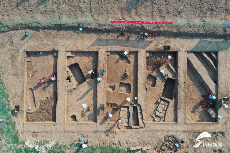 新泰市发现了一个汉代的陶窑或柴县古城烧瓦的地方