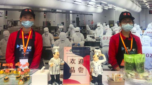 """""""进一家吃百家"""",上海早餐工程"""