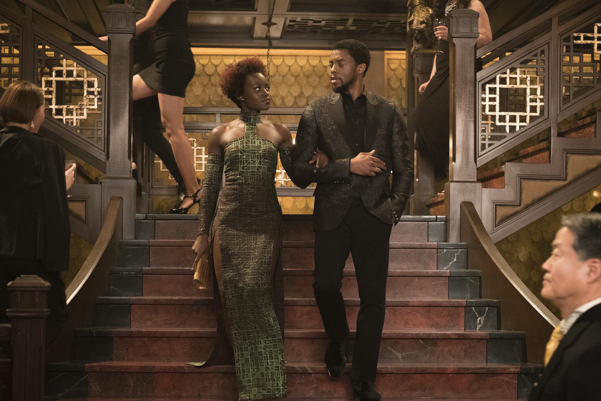 《黑豹》女主角发长文悼念博斯曼,称工作时他从不抱怨图片