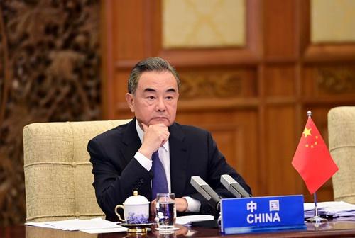 王毅出席中国—东盟外长视频会图片
