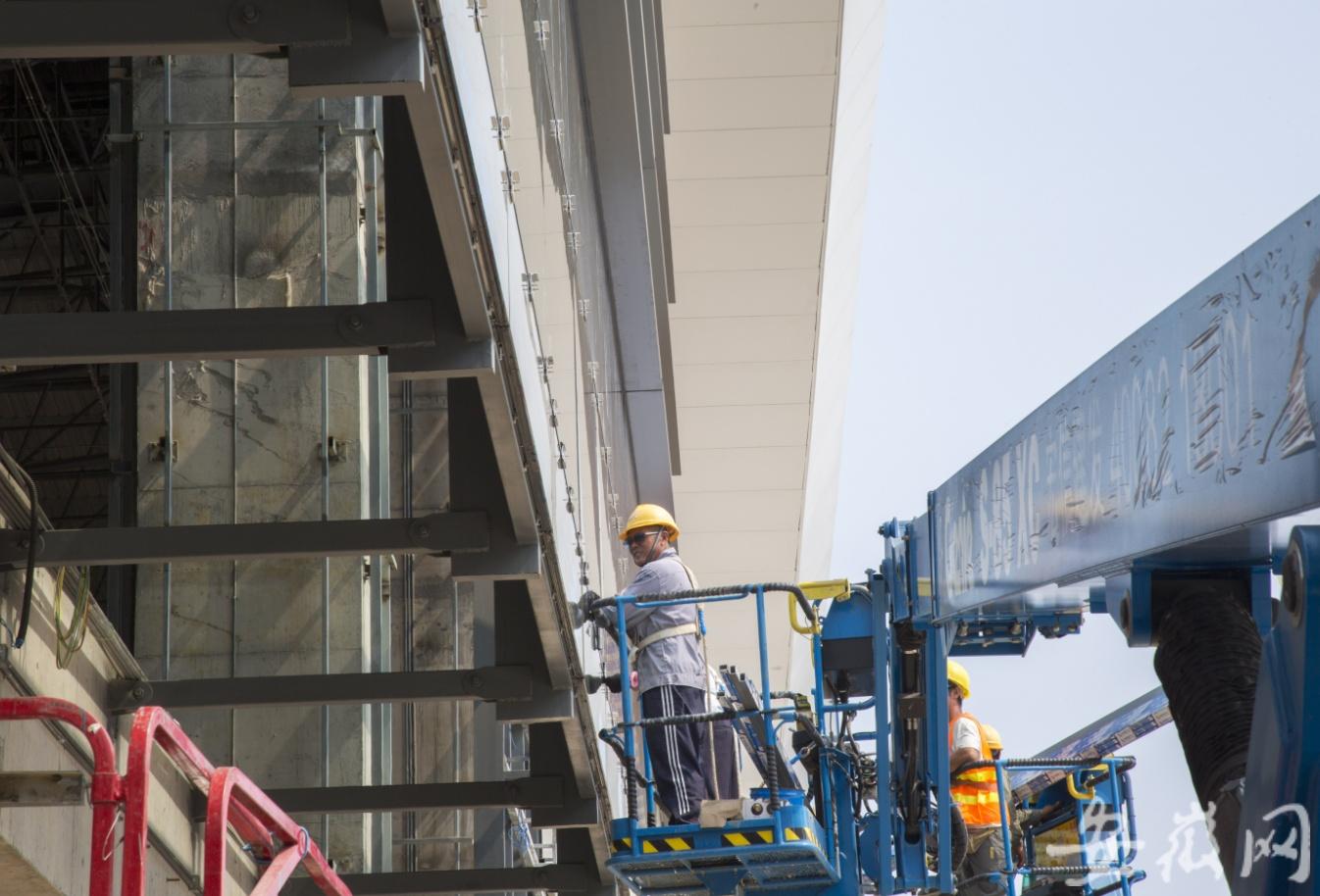 河安高铁肥西站站房预计10月初竣工