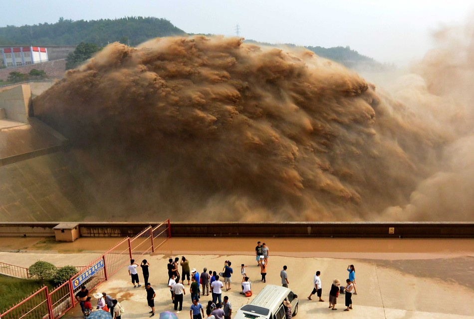 停止9月8日,黄河小浪底水库排沙量跨越3.3亿吨。