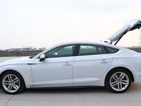 44万入手奥迪A5,对比亲戚的沃尔沃S90,车主:两车针尖对麦芒